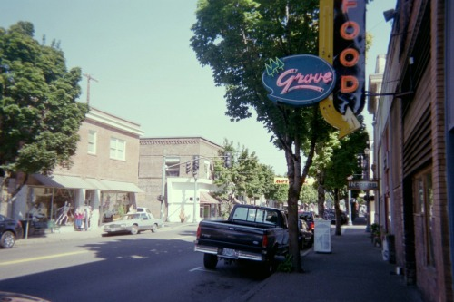 Cottage Grove--Early afternoon, September 4, 2012